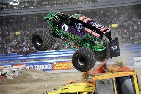 monster truck show in chicago minneapolis metrodome advance auto parts monster jam