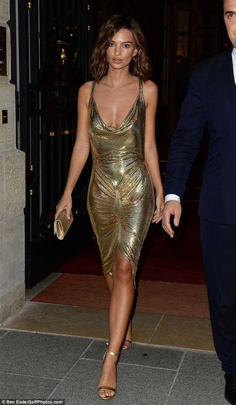 Emily Ratajkowski goes braless in a slinky gold dress ... Icarly Dress Up Who