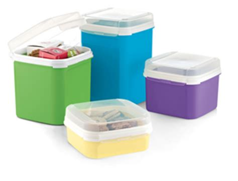 Signature Line Set by Dinnerware Serving Dishes Tupperware Signature Line