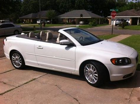 purchase   volvo  convertible whitegreat conditionleather interior  lafayette