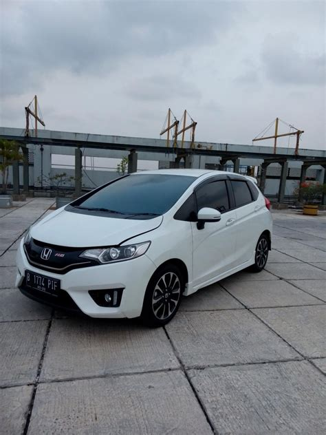 Honda Jazz 2014 Rs Matic honda jazz 1 5 rs matic 2017 km 4 rban mobilbekas