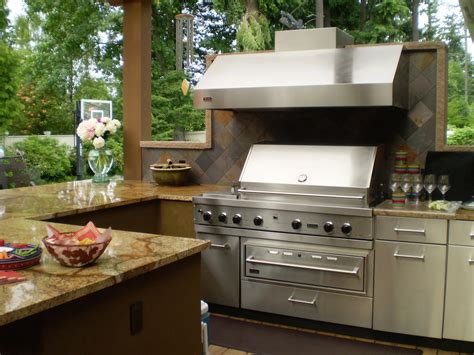 best outdoor kitchen 7 tips for designing the best outdoor kitchen porch advice