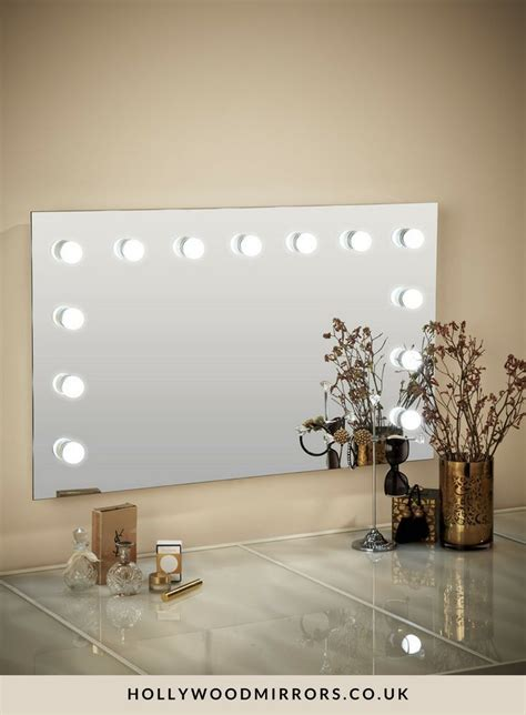 mirror  light bulbs ideas  pinterest diy