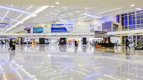 Atlanta Airport Section by Where To Shop In Hartsfield Jackson Atlanta Airport Atl Racked