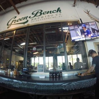 green bench brewery st pete green bench brewing company downtown st petersburg st