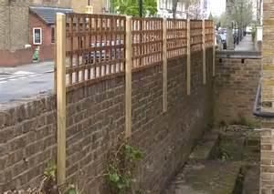 Trellis Fencing On Top Of Wall Garden Fencing Hackney Fences East London North London