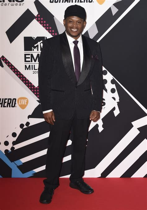 sway celebrity interviews sway picture 3 the 2015 mtv european music awards arrivals