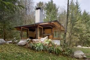 tye river cabin by kundig architects
