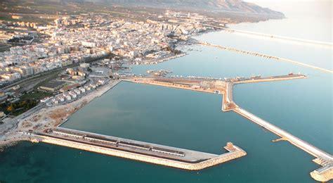 porto turistico manfredonia vela ecco la neo 400 carbon al porto turistico di