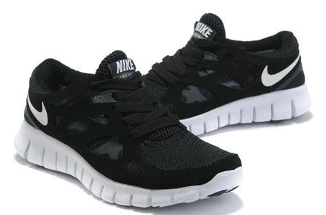 Sepatu Sport Nike Free Running Black White alliance for networking visual culture 187 black nike free