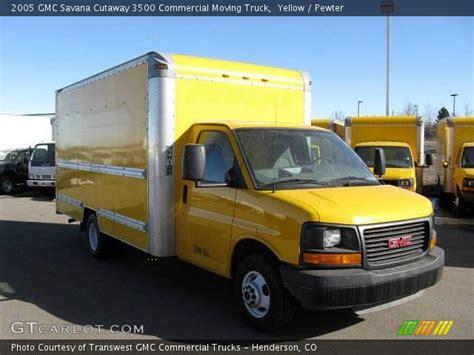 download car manuals 2005 gmc savana 3500 interior lighting yellow 2005 gmc savana cutaway 3500 commercial moving truck pewter interior gtcarlot com