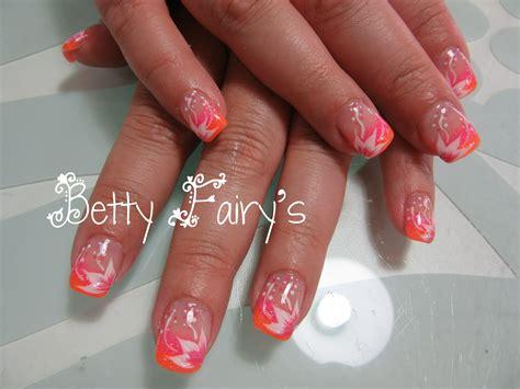 ongles en gel orange fluo d 233 grad 233 fluo paillet 233 et orange fluo
