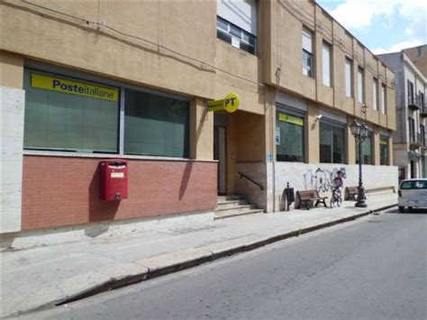 uffici postali chiusura rinviata la chiusura degli uffici postali