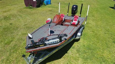 gator trax boats strike series gator trax boats fleet backed by a lifetime warranty