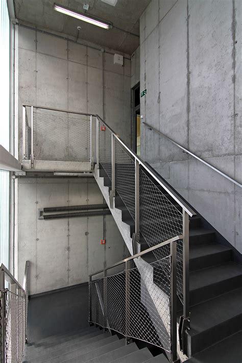 078 Vo Ab0 8 0 Galer 237 A De Centro Deportivo En Poznan Neostudio