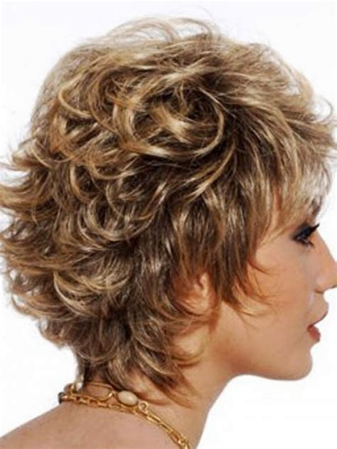 women short curly bob hairstyles front and back corte de pelo pixie rizado para mujeres mayores cortes