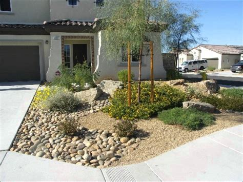 backyard desert landscaping ideas desert landscaping ideas for front yard 05 medicalashop