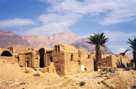 Moroccan Houses by File Iran A Village In The Desert Broken Houses After