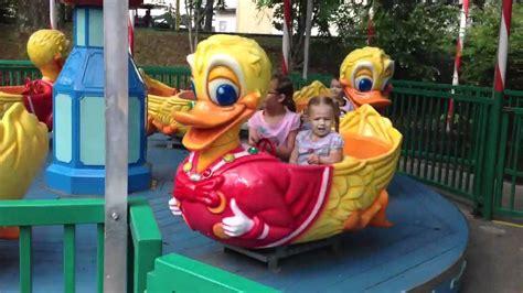 Tajimaku Kid Ride The Duck duck ride at dollywood