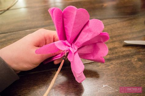 How Do U Make Flowers Out Of Tissue Paper - craftaholics anonymous 174 diy tissue paper flowers tutorial