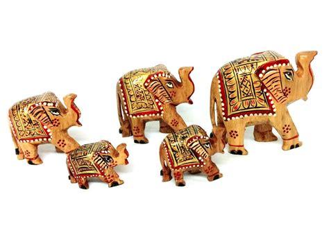 showpiece for home decoration wooden elephant family home decor showpiece 5 pcs set