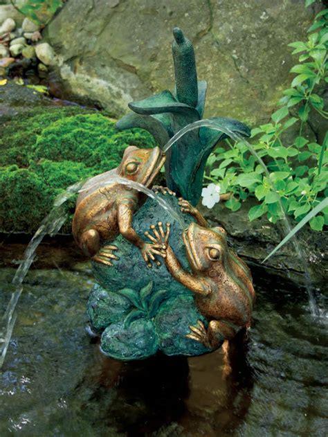 frog  reed spitter  aquascape  decorative frog