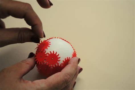 creare ladari fai da te come creare palline di natale fai da te in polistirolo