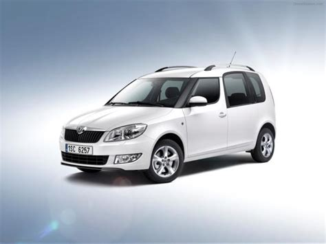skoda roomster greenline 2011 car picture 01 of 4
