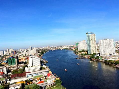 dinner on a boat manchester river in bangkok picture of chao phraya river bangkok