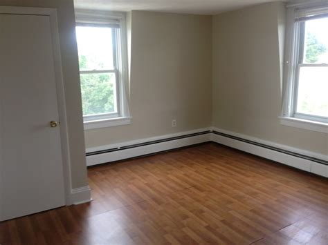 large  bedroom  utilities included apartment  rent  providence ri apartmentscom