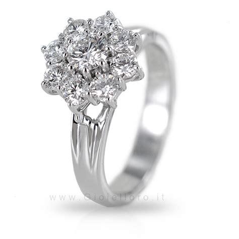 anello a fiore con diamanti anello fiore marilyn con diamanti carati 1 00 gioielloro