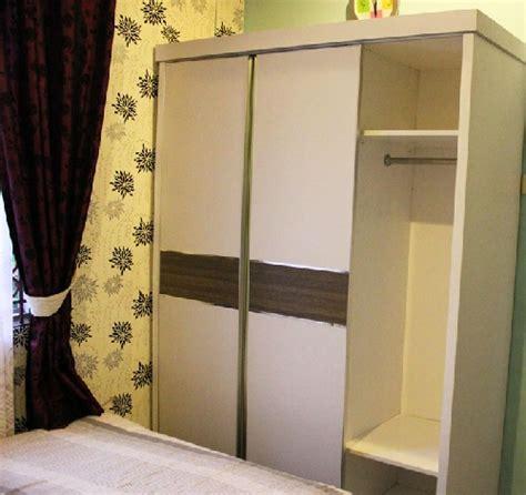 design lemari geser lemari pakaian sliding lebih digemari di indonesia