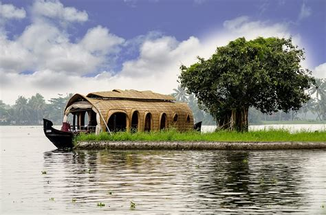 kerala tourism alleppey boat house booking kerala houseboat booking 183 free photo on pixabay