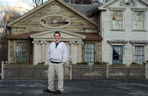 harford house actor renovating image homes as host of newest show on diy toledo blade