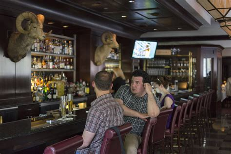 Search Place And Things Dining Guide If Philly Steakhouses Were In High School Cliques