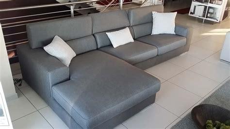 sconti divani outlet divano ditre italia antigua divani a prezzi scontati