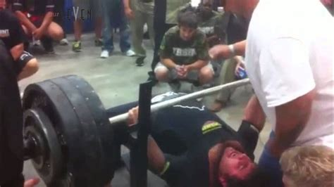 bench press 700 lbs matt poursoltani 700 pound bench press youtube