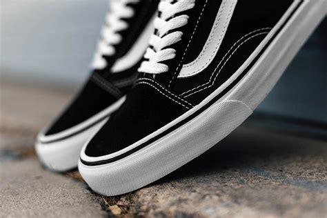 Sepatu Vans Oldskul Black vans skool black รองเท า vans nike converse