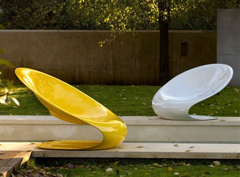 Cool Outdoor Lounge Chairs Design Ideas Modern Outdoor Chair Disk By Karim Rashid Modern Outdoors