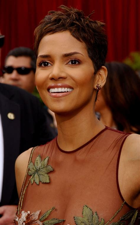 harry berry hairstyle best 25 halle berry pixie ideas on 25 of the best oscar hairstyles ever glamour