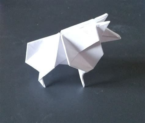 Origami Blade Runner - sheep from the bladerunner 2049 trailer origami