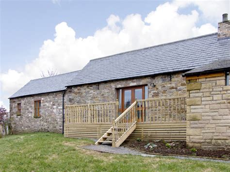 750 uk cottages with tubs big savings