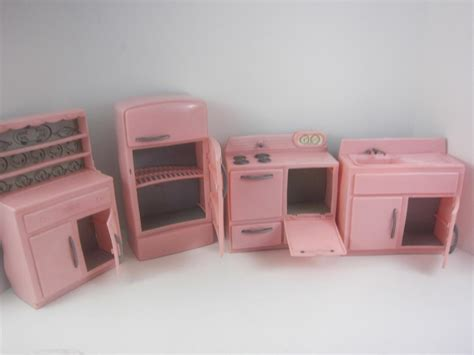barbie kitchen furniture tico vintage 1950 s pink plastic 4p kitchen furniture set
