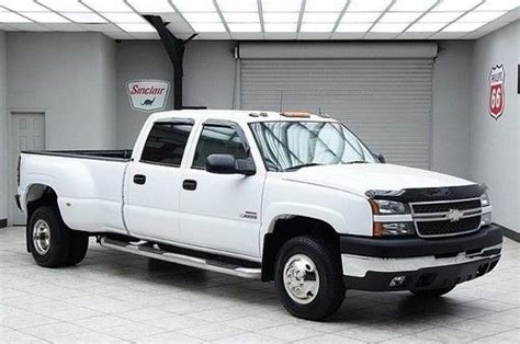 how it works cars 2005 chevrolet silverado 3500 parking system purchase used 2005 chevy 3500 diesel 4x4 dually lt crew cab heated leather bose 1 owner in
