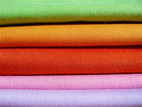 tessuti per tovaglie da tavola come lavare e stirare una tovaglia da tavola ricamata