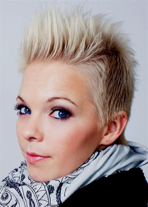 spikey hair styles for a black small round face short spiky haircuts and hairstyles for women 2017 very