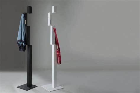 Le Design Sur Pied by Porte Manteau Design Sur Pied Maison Design Apsip