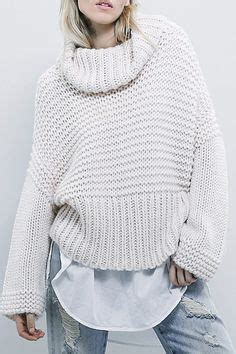 minimal look in grey knit symphony of silk oversized chunky knit woman sweater slouchy bulky loose