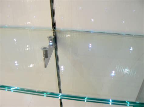 mensole led listino prezzi vetri con illuminazione a led nel vetro
