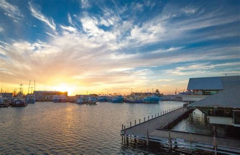 fishing boat harbour fireworks 57 best fremantle images on pinterest western australia